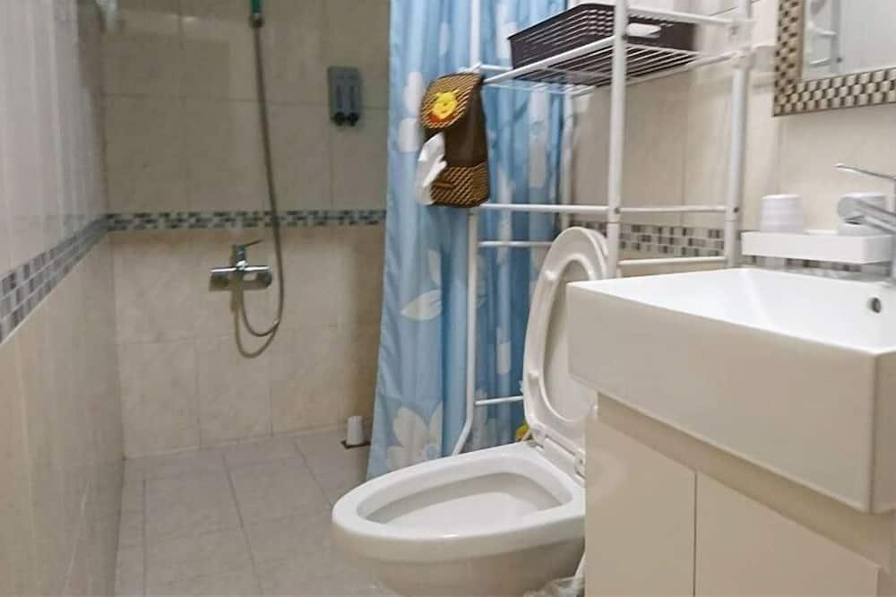 Habitación doble Deluxe (1F No.B) - Regadera en el baño