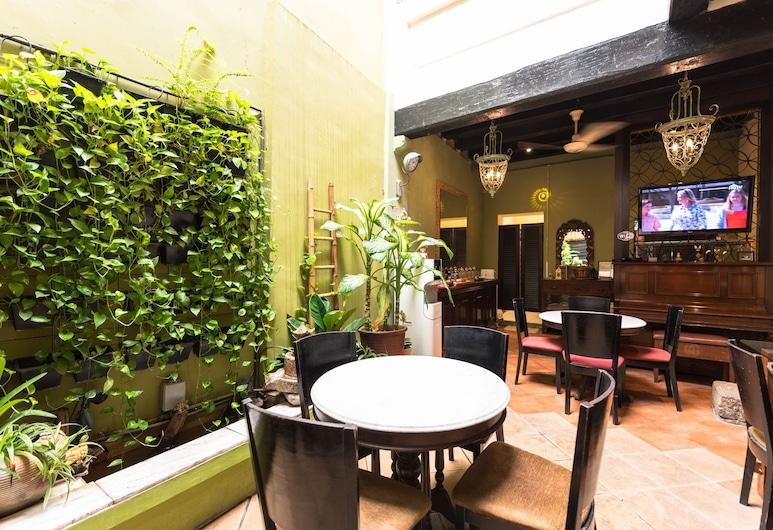 OYO 89368 Cintra House, George Town, Lobby Lounge