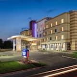Fairfield Inn & Suites by Marriott Minneapolis North, Brooklyn Center