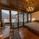 Deluxe Double Room, City View - City View