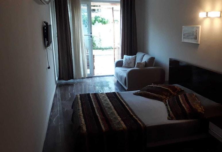 Camlik Pansiyon, Antalya, Familienzimmer, Zimmer