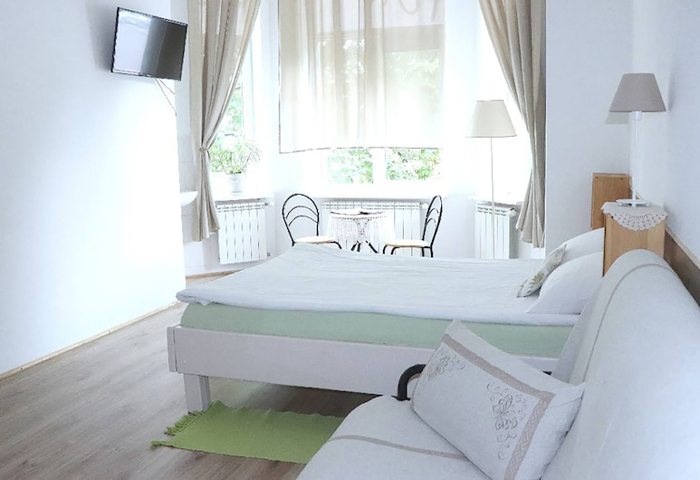 Mini-Hotel Maison Blanche Kyiv, Kyiv, Chambre Double Deluxe, salle de bains privée, Chambre