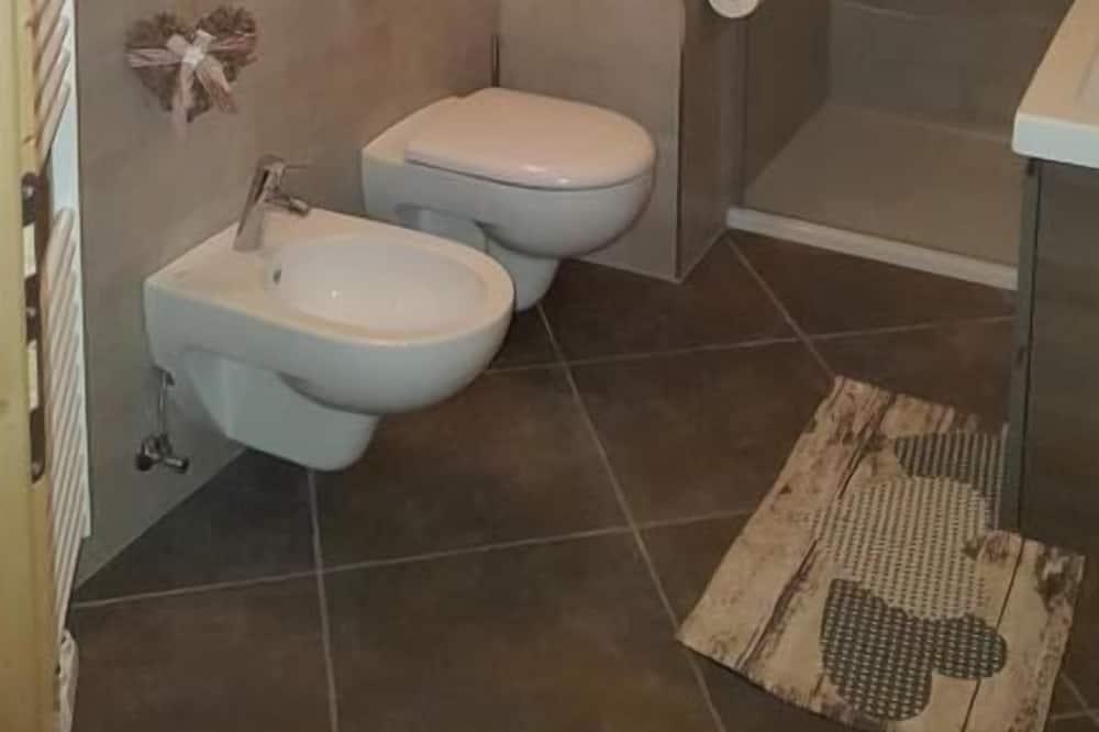 Apartment, 3 Bedrooms (Niccolò) - Bathroom