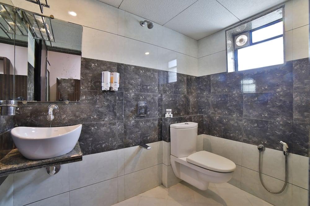 Pokoj Deluxe s dvojlůžkem nebo dvěma jednolůžky - Koupelna