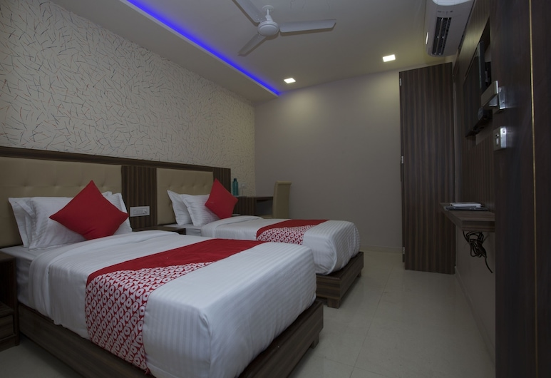 OYO 27640 Hotel Blue Sapphire Residency, Mumbai, Double or Twin Room, Guest Room
