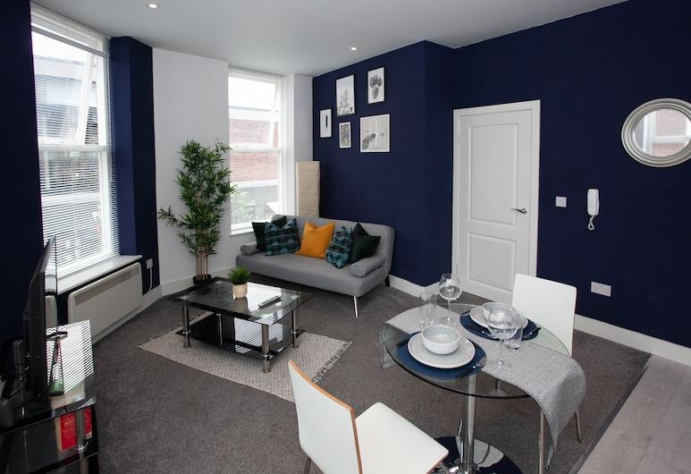 Cross St Boutique Apartment, Altrincham, Deluxe Apartment, Living Area