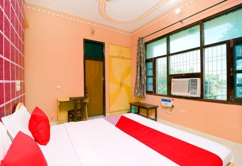 OYO 42787 Hotel Shahi Mahal, Jind, Guest Room