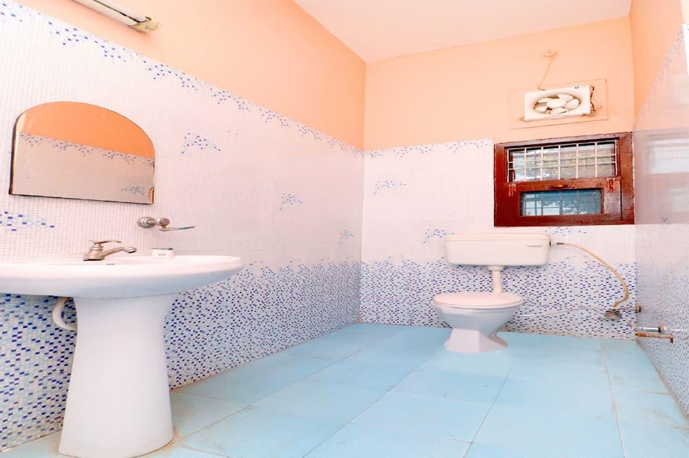 Tek Büyük veya İki Ayrı Yataklı Oda - Banyo