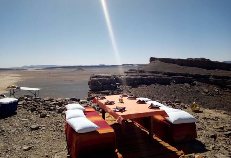 Africa Luxury Camps, Taouz, Aamiaishuone