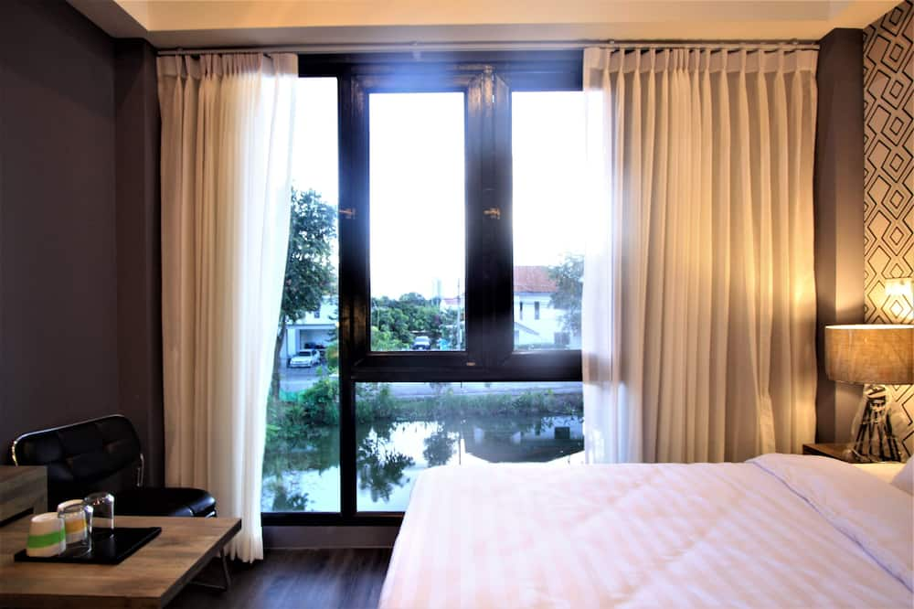 Standard Twin Room with Water View - Water view