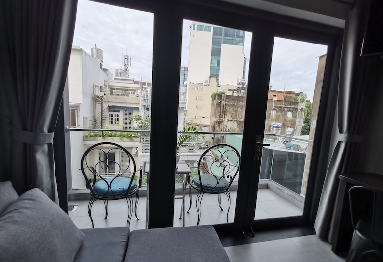 The Haven - Lofts by the Park, הו צ'י מין סיטי, לופט דה-לוקס, מרפסת, נוף לרחוב