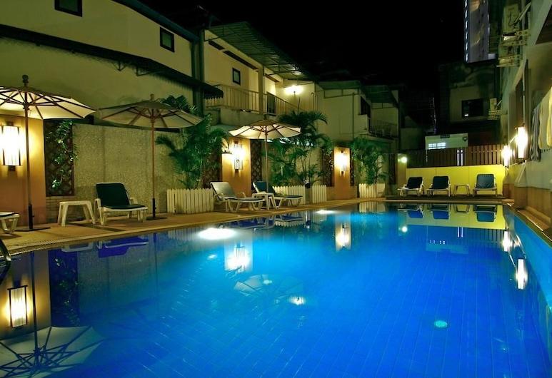 Rattana Beach Hotel by Shanaya, Karon, Outdoor Pool
