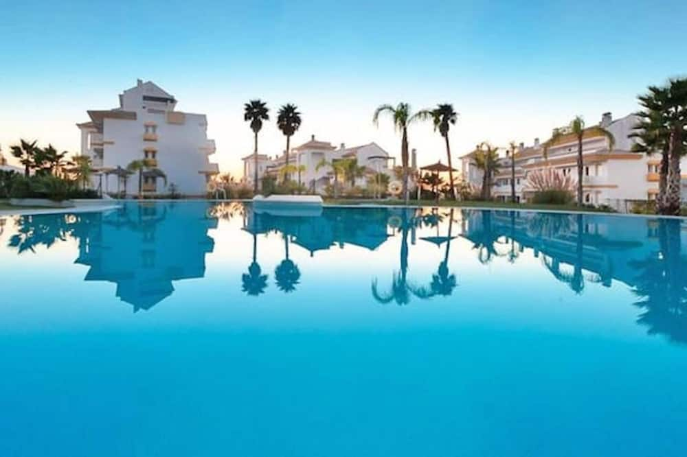 Apartment With 2 Bedrooms in Las Lagunas de Mijas, With Shared Pool, Furnished Terrace and Wifi - 4 km From the Beach