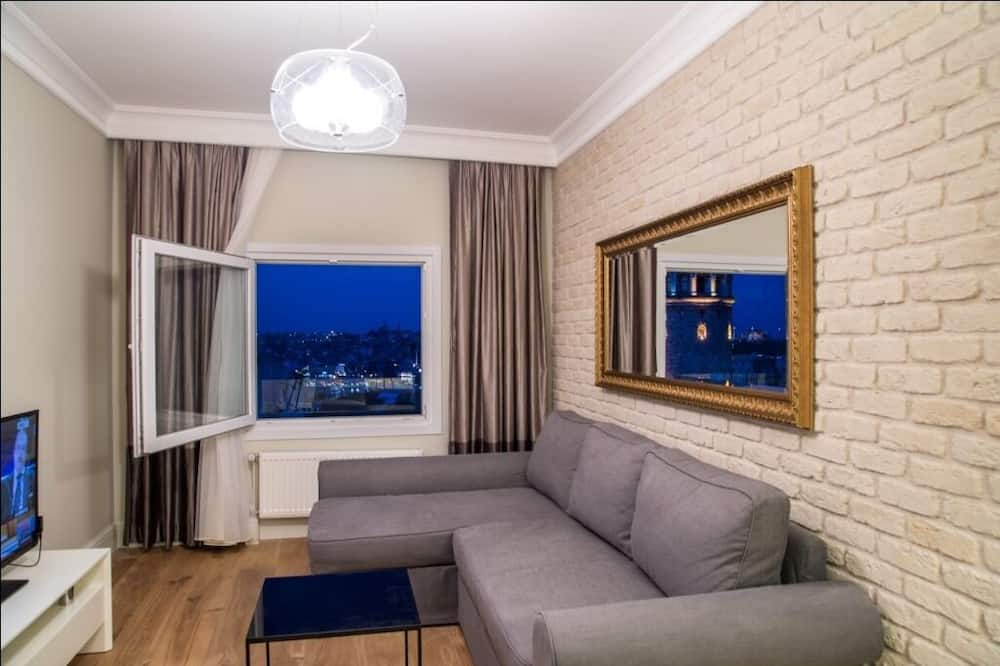 Exclusive Apartment Galata Tower with Sea View