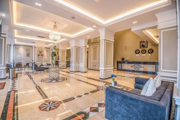Фото GRAND FLORA HOTEL у місті Салала