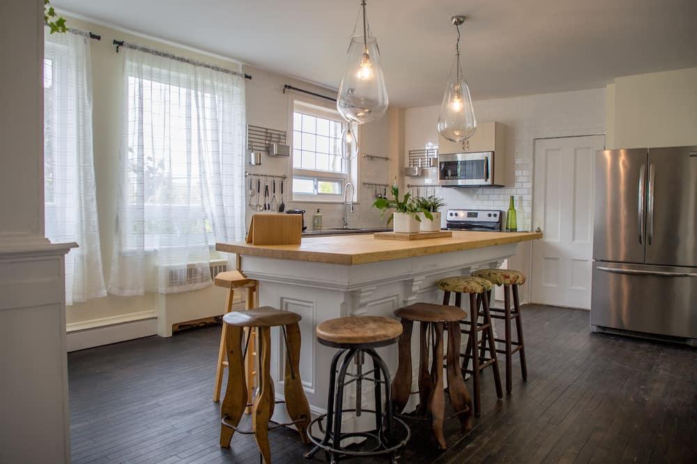 Habitación Deluxe doble, 1 cama de matrimonio, cocina - Cocina compartida
