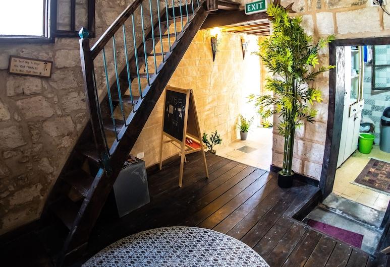 la casetta, Nazareth, Traditional Studio (Targ), Pemandangan Laman Dalam