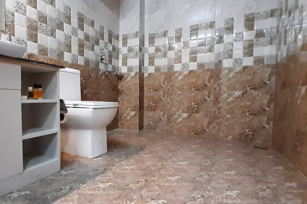 Premium Suite - Bathroom