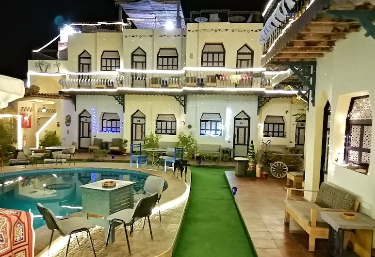Monica Hotel, St. Catherine, Hotel Front – Evening/Night