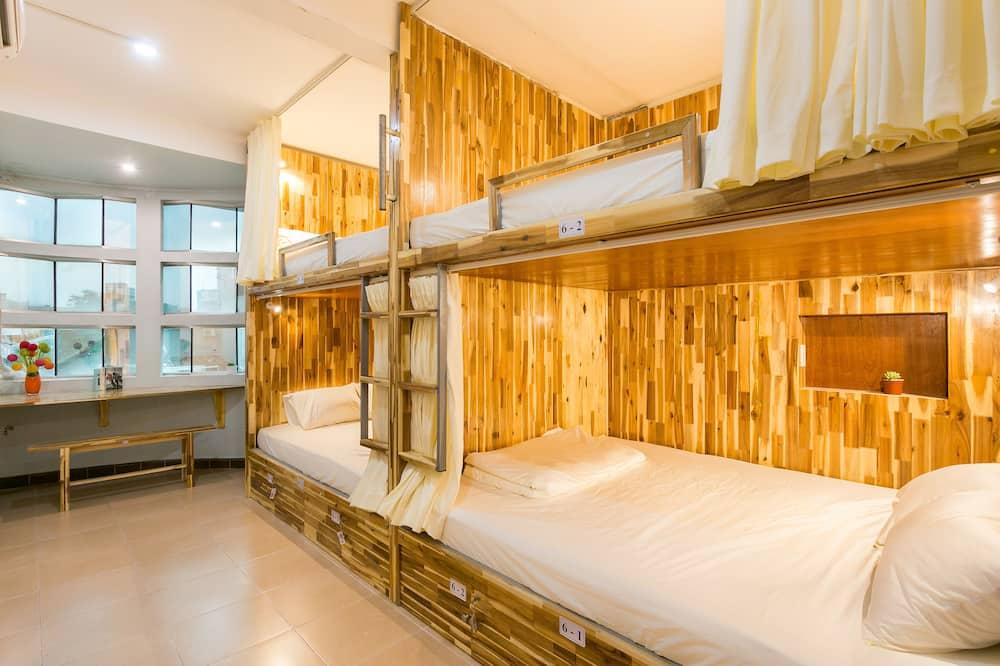 Ortak Ranzalı Oda, Karma Ranzalı Oda (Bed in 4 Double Beds) - Şehir Manzaralı