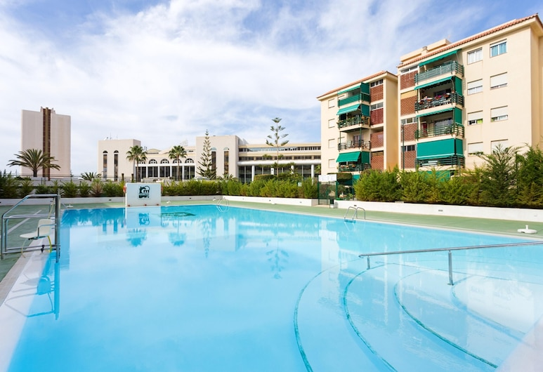 Apartment With 3 Bedrooms in Los Cristianos, With Wonderful sea View, Shared Pool, Furnished Balcony - 50 m From the Beach, Arona