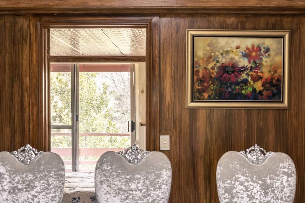 Shakespearean-Inspired Heritage Penthouse - Sala de estar