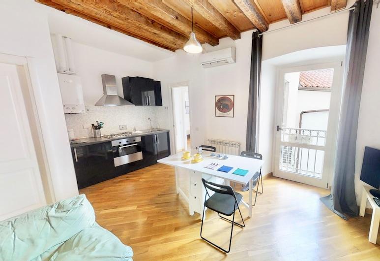 Triestevillas - Centrale & Luminoso w/ Ascensore, Triest, Apartment, 1 Schlafzimmer, Wohnzimmer