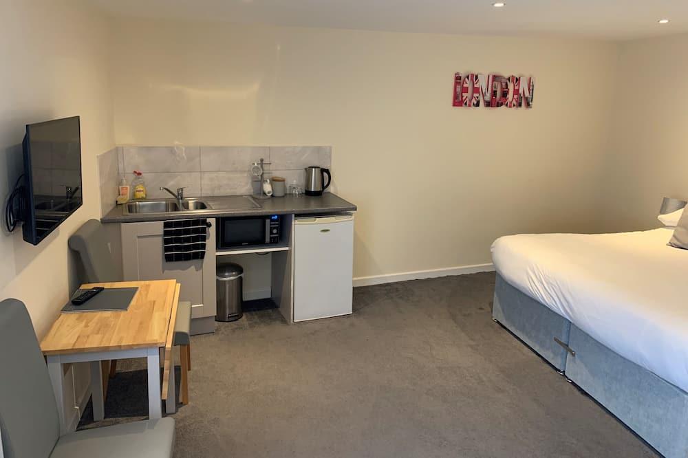 Family Studio - Living Area