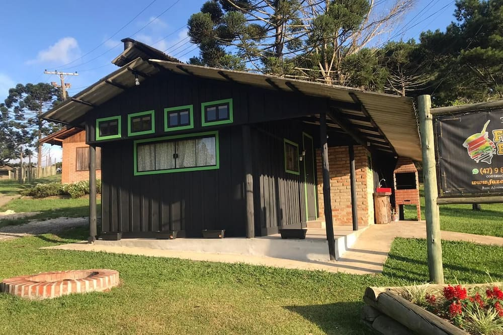 Economy Cabin - Lanai