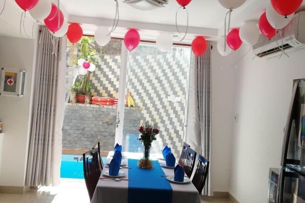 Adi Villa 9 - Living Area