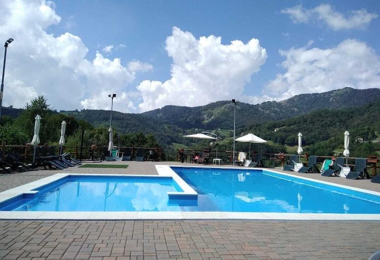 Residence La Pineta, Serina, Piscina al aire libre
