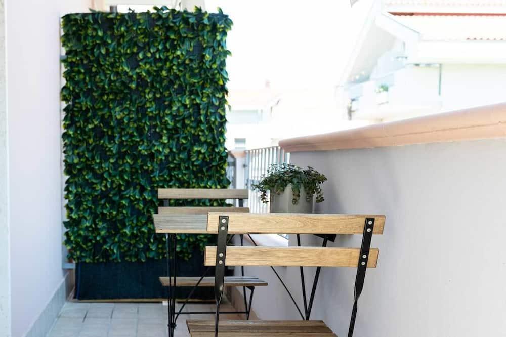 Habitación cuádruple, baño privado - Vistas al balcón
