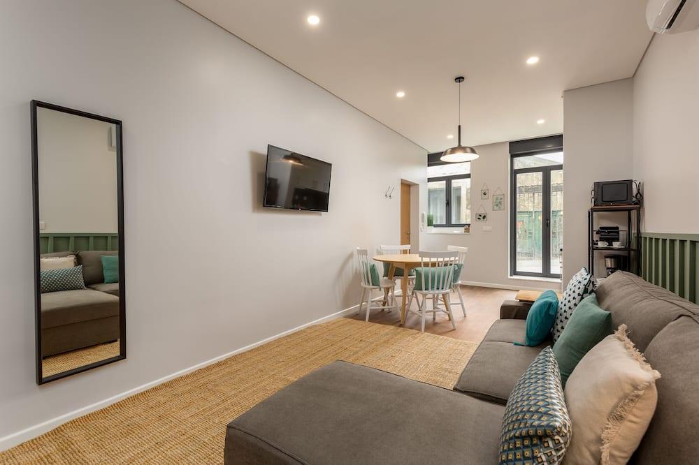 Апартаменты, 1 спальня (Wine I) - Зона гостиной
