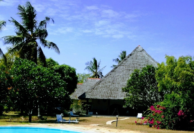 Travellers Paradise Diani, Diani Beach, Outdoor Pool