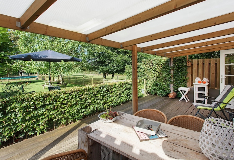 Blissful Holiday Home in Overlangel With Terrace, Garden, Overlangel, Namas, Balkonas