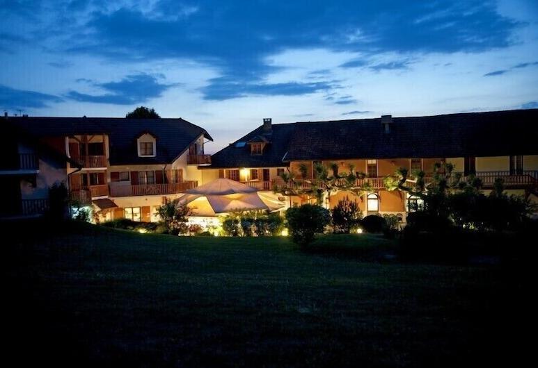 Hotel Restaurant Les Bergeronnettes, Champagneux, Exteriér
