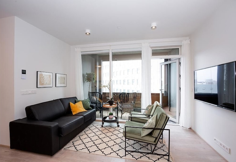 Luxury Salka Suites, Reykjavik, Deluxe Apartment, 2 Bedrooms, Living Area