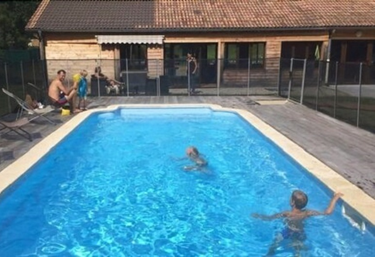 Camping Le Valserine, Chezery Forens, Outdoor Pool