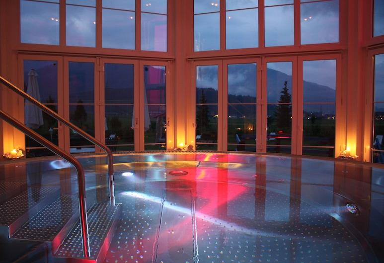 Schlosshotel Lacknerhof, Flachau, Bồn tắm spa trong nhà