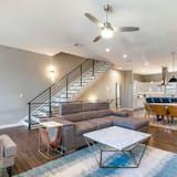 Luxe resortwoning, 4 slaapkamers, Balkon - Woonkamer
