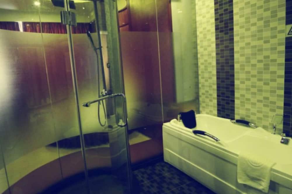 Romantic - kahden hengen huone - Kylpyhuone