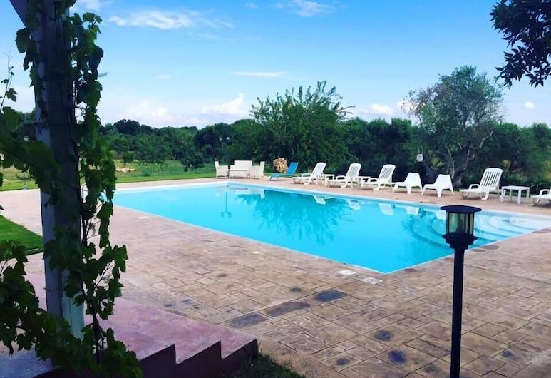 Masseria Carrone, Carovigno, Outdoor Pool