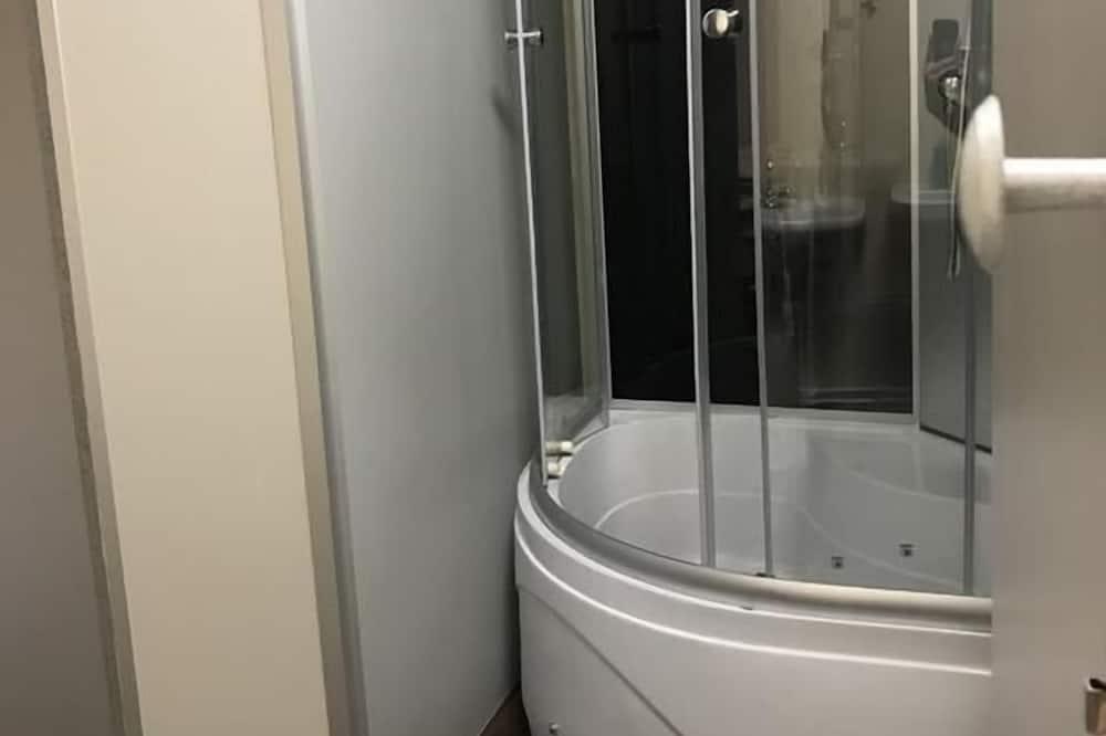 Shared Dormitory, Mixed Dorm (10 guests) - Bathroom