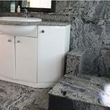 Улучшенный люкс - Ванная комната