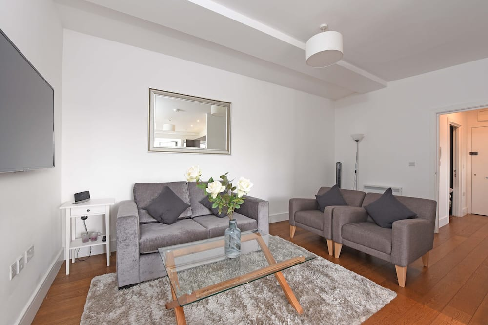 Design Apartment, 2 Bedrooms (balcony) - Living Area