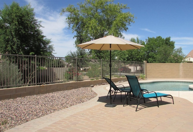 4BR South Phoenix Home, Phoenix, House, Kolam