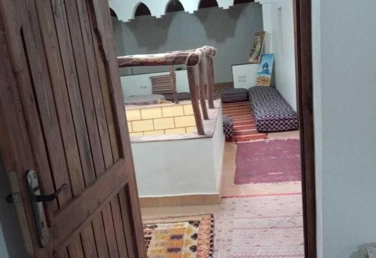 阿薩法爾小屋酒店, 姆古納堡, 酒店內