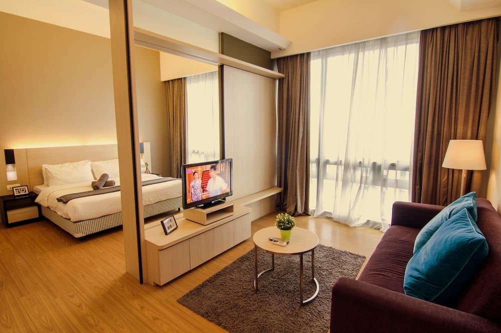 Apartment, 1 Bedroom (S012) S-23-05 - Living Area