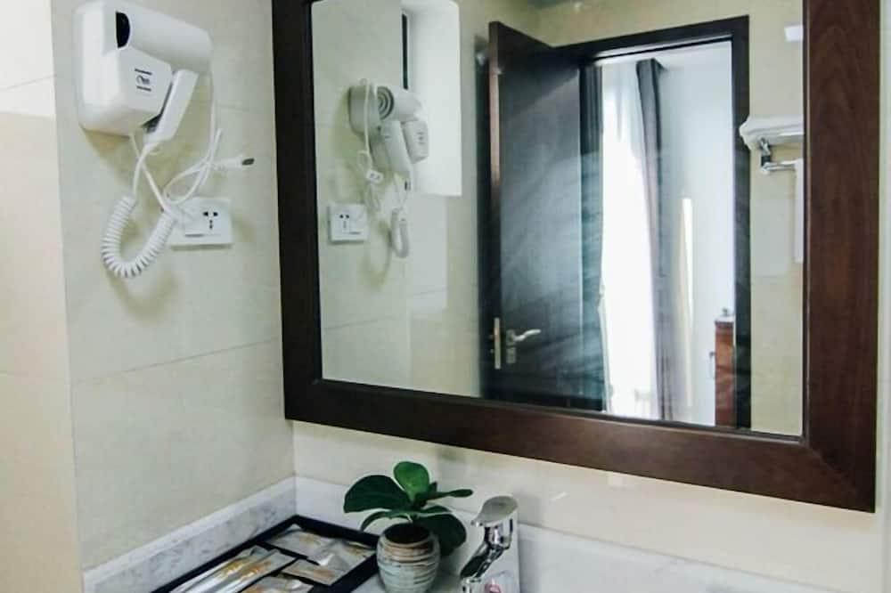 高級雙床房 - 浴室洗手盤