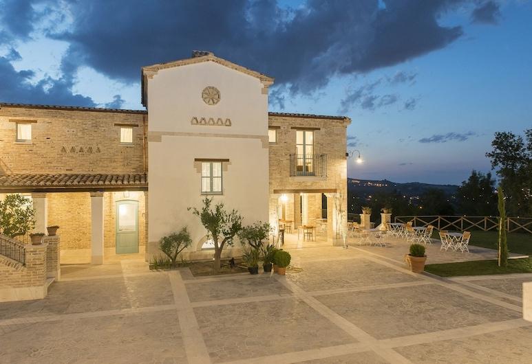 Villa Sant'Angelo, Alba Adriatica
